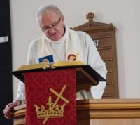 pastor-peter-worship-service